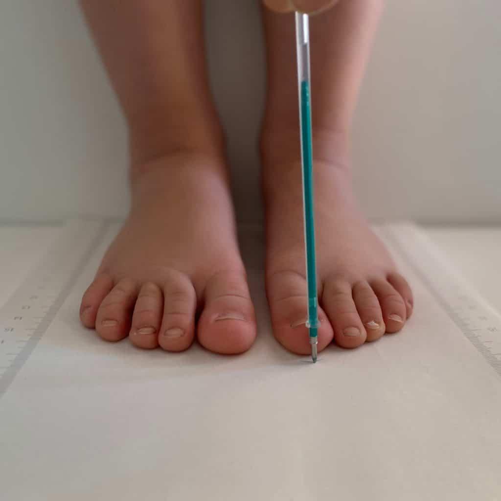 Tildaleins-Füße-messen-länge
